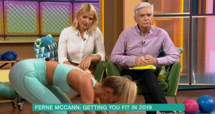 Phillip Schofield doesn't know where to look