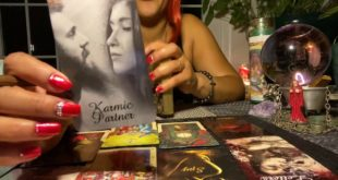 AQUARIUS ♒️ SOMEONE IS MADLY IN LOVE 😻 THEY STUCK THINKING About yOu 🔥 GENERAL TAROT MESSAGE 🔮
